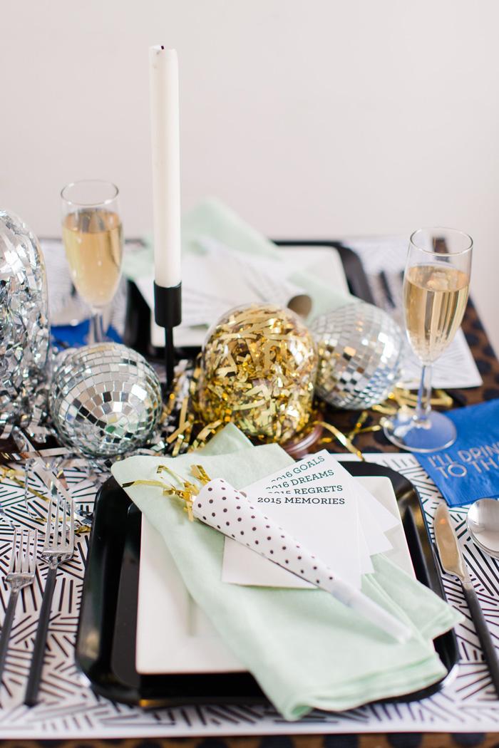 glitter-dinner-party