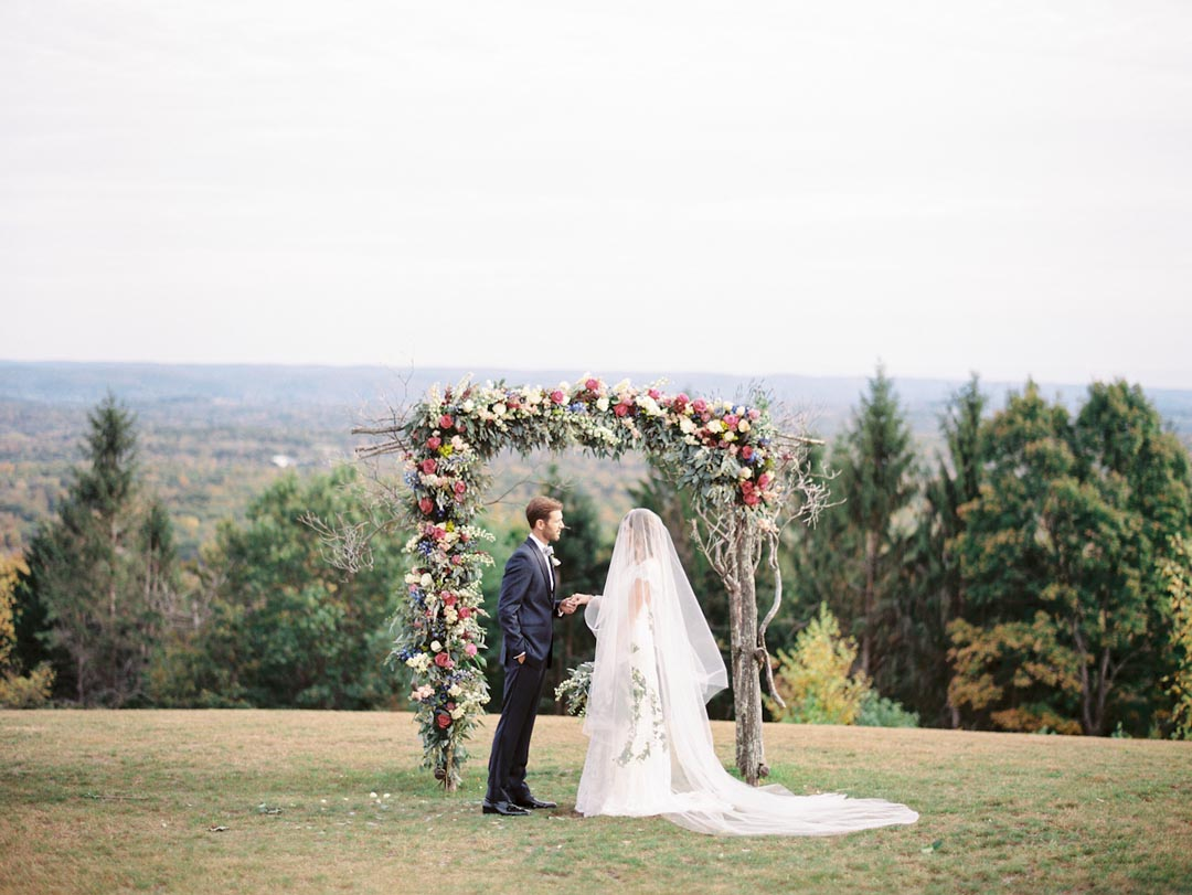 unconventional-wedding-styling