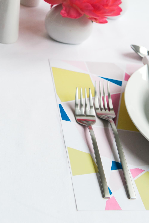 modern-wedding-placemats