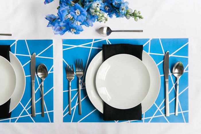 Paper_placemat_blue