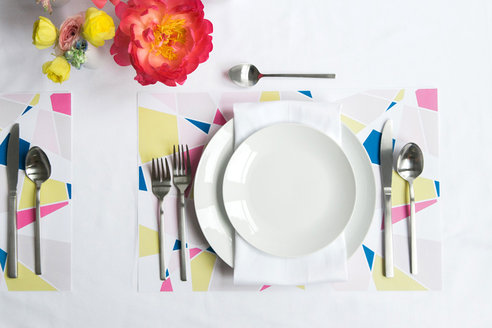 Paper_placemat_geometric