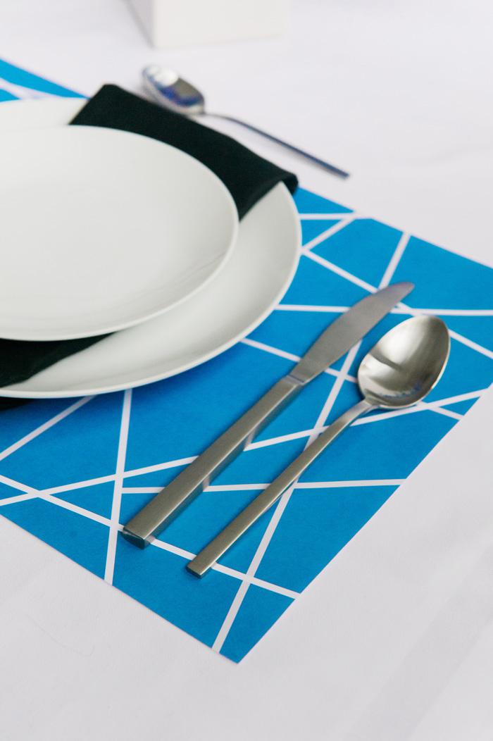 blue-paper-placemat